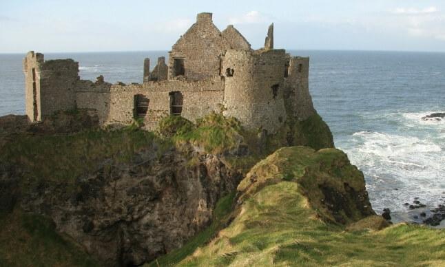 dunluce-castle-antrim-ireland