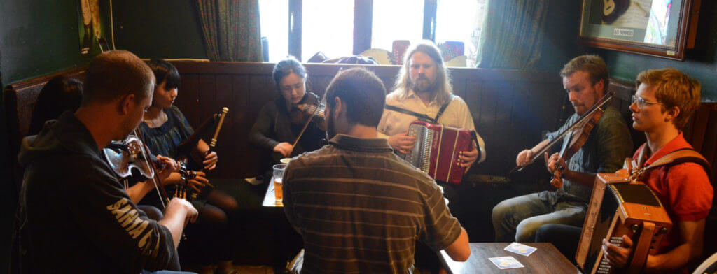 irish-folk-music-galway